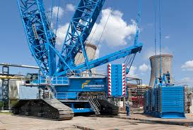 Liebherr Lr11000 Crawler Crane From Felbermayr In Petrom