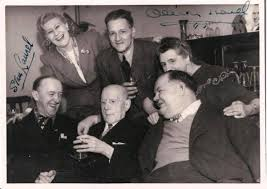 """Laurel and Hardy on Twitter: """"Stan Laurel, wife Ida, Oliver Hardy, Stan's  sister Beatrice and her husband Bill & dad AJ. Plough Inn, UK. March 1947  http://t.co/O3dlTRN0"""""""