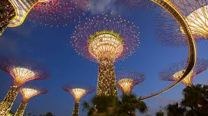 botanical gardens luxury boutiques gourmet restaurants some of the city s best attractions are just steps from your door