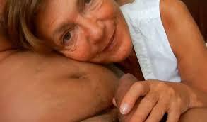 Amateur granny housewife handjob and blowjob