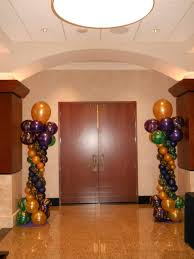 celebrate the day mardi gras themed balloon decorations at drury