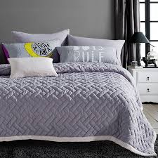 9 Designs 3PCS Quilted Polyester Quilt/Bedspreads Bedding Set ... & 9 Designs 3PCS Quilted Polyester Quilt/Bedspreads Bedding Set Duvet Cover  Bed Sheet Pillowcases Bedclothes Home textiles-in Bedding Sets from Home &  Garden ... Adamdwight.com
