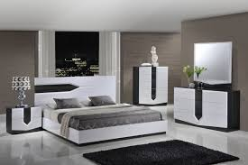 global furniture hudson 4 piece platform bedroom set in zebra grey white
