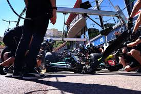 Find everything in one place on valtteri bottas including their biography, latest news and updates, high resolution photos, high quality videos and expert analysis. Valtteri Bottas Wheel Nut Still Attached F1 Chronicle