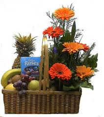 durga puja gifts fruits basket with bouquet service provider from patna