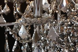 6 branch shallow chandelier in chrome