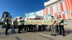 Inhaltlich gibt es null komma null grund zu streiken. Bildergalerie So Wirkt Sich Der Gdl Streik In Berlin Und Brandenburg Aus Rbb24