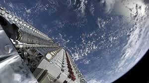 Current beta test download speeds hover. Starlink Internet Satelit Spacex Dan Starling Starbucks Keliling Punya Kesamaan Sama Sama Ada Di Mana Mana Sindonews
