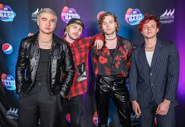 Chart Toppers Of 2011 5 Seconds Of Summer Wikipedia