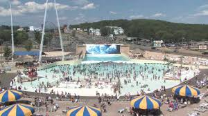 surf waves at mt olympus water and theme park wisconsin dells wisconsin you
