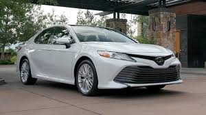 2018 Toyota Camry XLE (US Spec) - YouTube
