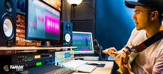 Music making software can cost a lot but there are some great free digital audio workstations avail. Best Music Making Software Free Paid In 2021