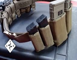 Magazine Belt Holder Snake Eater Tactical Burro Magazine Pouches Jerking the Trigger 2