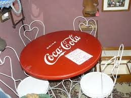fabulous classic coca cola table and chairs ice cream parlor set authentic table