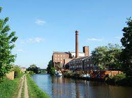 Leeds and Liverpool Canal - Wikipedia
