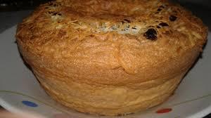 Kocok gula pasir, cake emulsifier dan telur hingga mengembang dan kental. Cara Membuat Bolu Panggang Yang Mudah Dibuat Dirumah