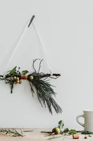 Christmas Decorations For The Wall 17 Best Ideas About Christmas Wall Decorations On Pinterest