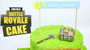 How To Make A Fortnite Battle Royale Cake Youtube