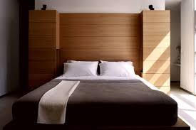 simple bedroom interior. Simple Bedroom Interior Design With Stunning Platfrom Bed In Brown Wood Frame