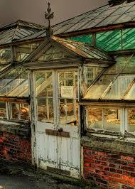 old door at botanic gardens dublin by ossie13 aka steve via flickr