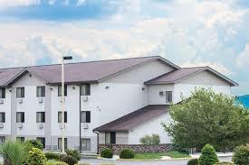 super 8 by wyndham altoona hotel usa deals
