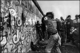 fall of the berlin wall reflex dance studios why we need more 80s spirit
