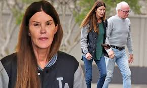 Janice Dickinson is makeup-free as she is seen stocking up on ...