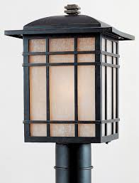 quoizel hillcrest 150w traditional outdoor post lantern light