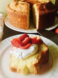 Minnie Lee Croleys Sour Cream Pound Cake