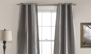 how to mere curtains for bay windows
