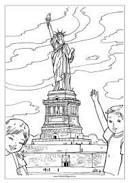 Small Picture Statue of Liberty Colouring Page