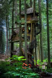 Amazing Three Story Treehouse Design