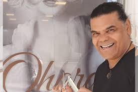 Outubro Rosa: cabeleireiro Jorge Ohara integra ação de corte de cabelo