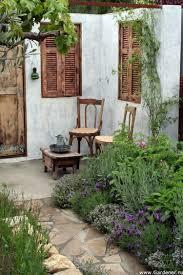 Wunderschöne Ecke Für Einen Mediterranen Garten Mit Alten