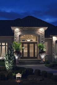 custom landscape lighting ideas. mckay lighting offers custom designed landscape systems for homes and businesses in omaha lincoln nebraska des moines iowa ideas i