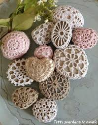 crochet stones will look beautiful in your home free pattern