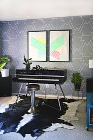 repeated pattern paint pen wall