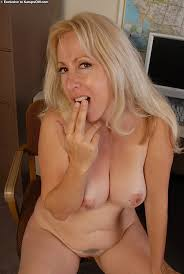 Mature adult nudes pictures