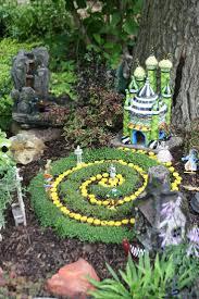 Fairy Garden Pictures 926 Best Fairy Gardens Images On Pinterest Fairies Garden Mini