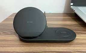 Review Đế sạc đôi không dây Samsung Wireless Charger Duo