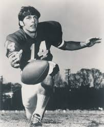 UGA football: Andy Johnson showed what becomes a legend most