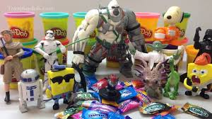 CANDY SURPRISE TOYS Transformers xxx SMILEY FACES with Surprise.