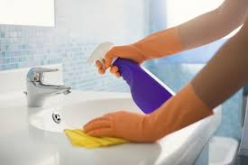 stylish how to clean a bathtub with bleach remodelaholic how to clean a bathroom using clorox bleach