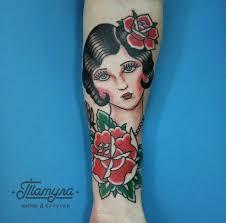 тату в туле олдскул девушка с розами
