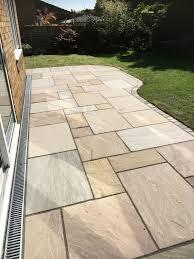 Paving Slabs Patio Design Patios Sandstone Paving Sandstone Sets For Border Garden