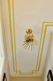 Border painted on the ceiling. Roxanne, what do you think abou this idea for