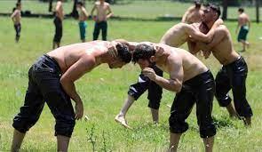 Tarihi Kırkpınar Yağlı Güreşleri ilk ne zaman yapıldı? Neden güreşte  yağlanma var? Kırkpınar'a özel terimler - Spor Haberleri - Güreş