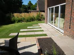Patio Designs Pictures Uk Patio Designs Garden Patio Ideas Courtyard Gardens