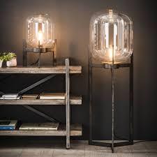 Belaluz Tafellamp Dakota 3 Poot Glazen Kap Oud Zilver