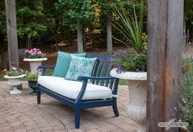 painted outdoor furniture makeovers